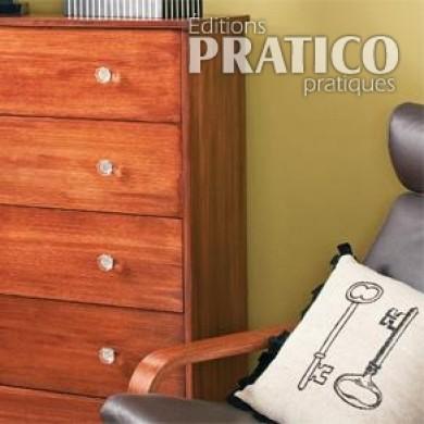 peinturer une imitation de bois sur une commode en m lamine blanche en tapes d coration et. Black Bedroom Furniture Sets. Home Design Ideas