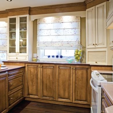 Store romain dans la cuisine cuisine inspirations d coration et r novation pratico pratique - Moucheron dans la cuisine ...