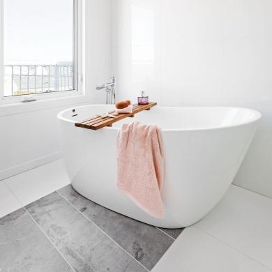 Une salle de bain de style h tel petit prix salle de for Hotel petit prix