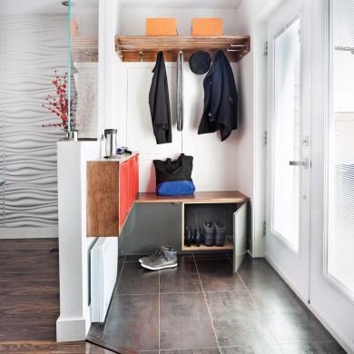 un hall d 39 entr e clairement efficace hall d 39 entr e inspirations d coration et r novation. Black Bedroom Furniture Sets. Home Design Ideas