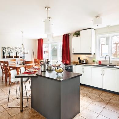 Un comptoir revu et corrig pour la cuisine cuisine avant apr s d coration et r novation - Recouvrir un comptoir de cuisine ...
