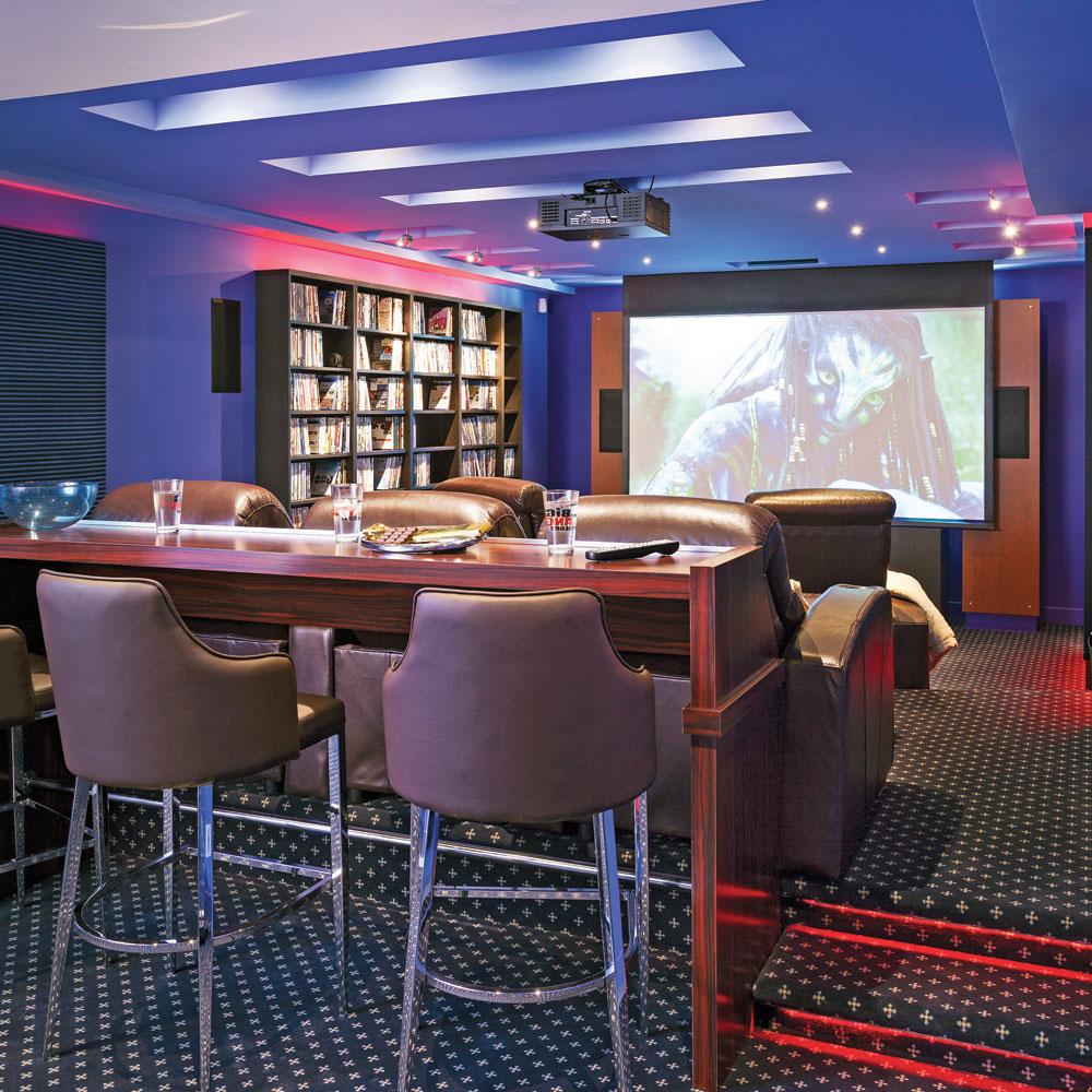 amenagement bar maison cheap coin bar de maison douala cameroun bar pour maison design with. Black Bedroom Furniture Sets. Home Design Ideas
