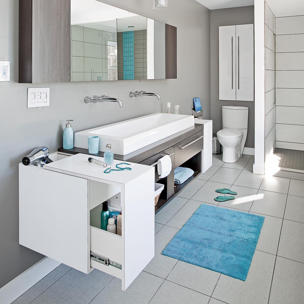 salle de bain immacul e et moderne salle de bain inspirations d coration et r novation. Black Bedroom Furniture Sets. Home Design Ideas