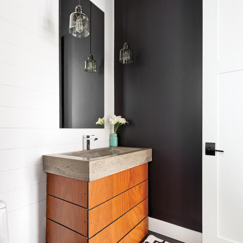 salle d 39 eau contrastante salle de bain inspirations d coration et r novation pratico. Black Bedroom Furniture Sets. Home Design Ideas