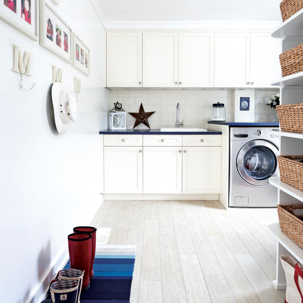 Une salle de lavage comme une cuisine salle de bain - Decoration cuisine et salle de bain ...