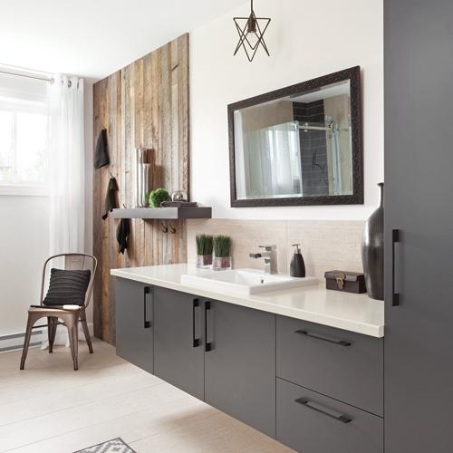lattes grisonnantes dans la salle de bain je d core. Black Bedroom Furniture Sets. Home Design Ideas