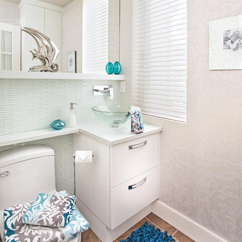 Une salle d 39 eau fra che et limpide salle de bain for Salle eau