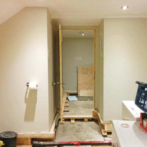 un design industriel pour la salle de bain je d core. Black Bedroom Furniture Sets. Home Design Ideas