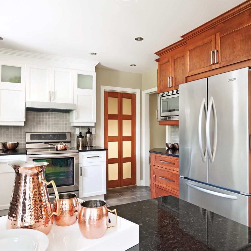 une cuisine actualis e co t douillet cuisine avant apr s d coration et r novation. Black Bedroom Furniture Sets. Home Design Ideas