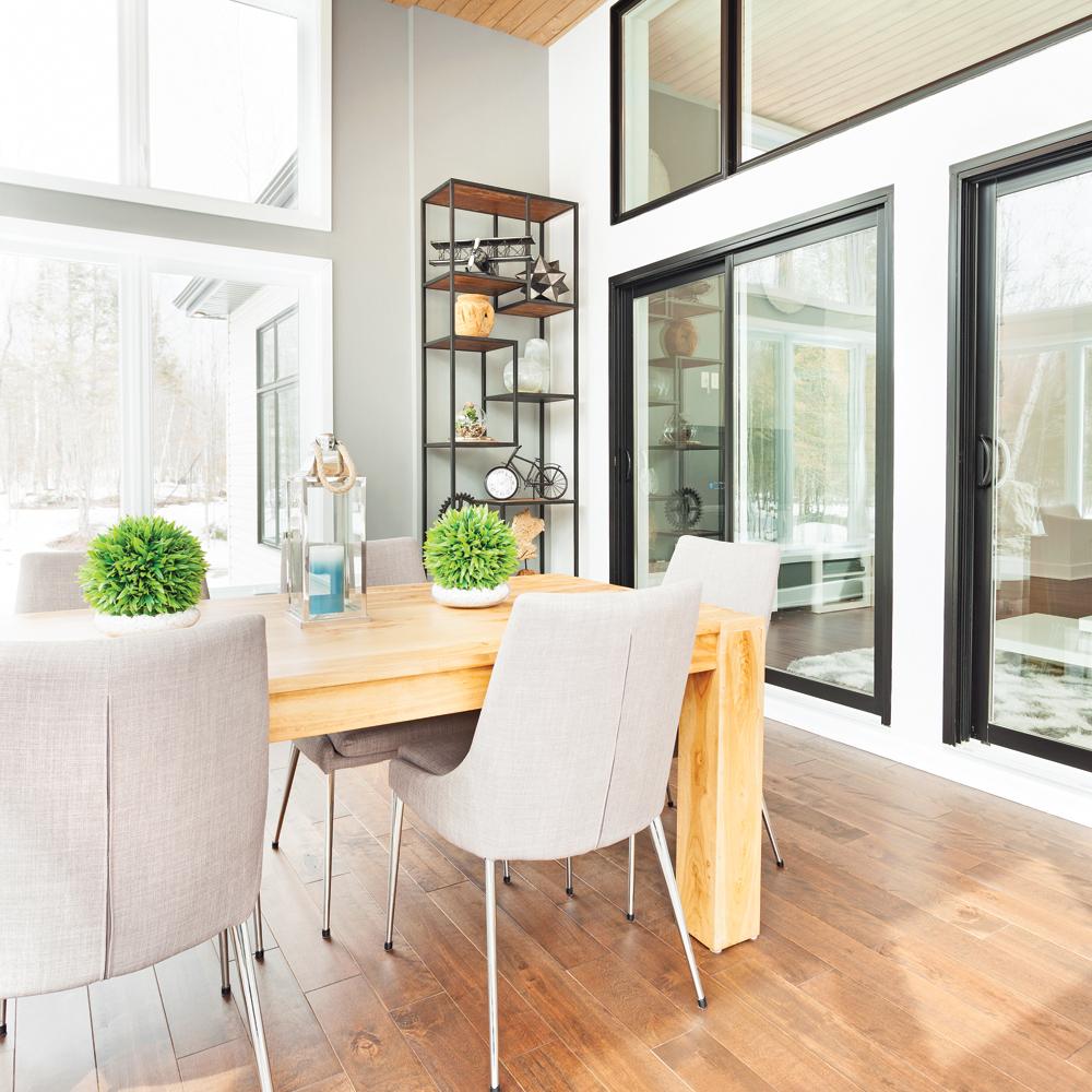 guide d 39 achat bien choisir vos portes et fen tres trucs et conseils d coration et. Black Bedroom Furniture Sets. Home Design Ideas