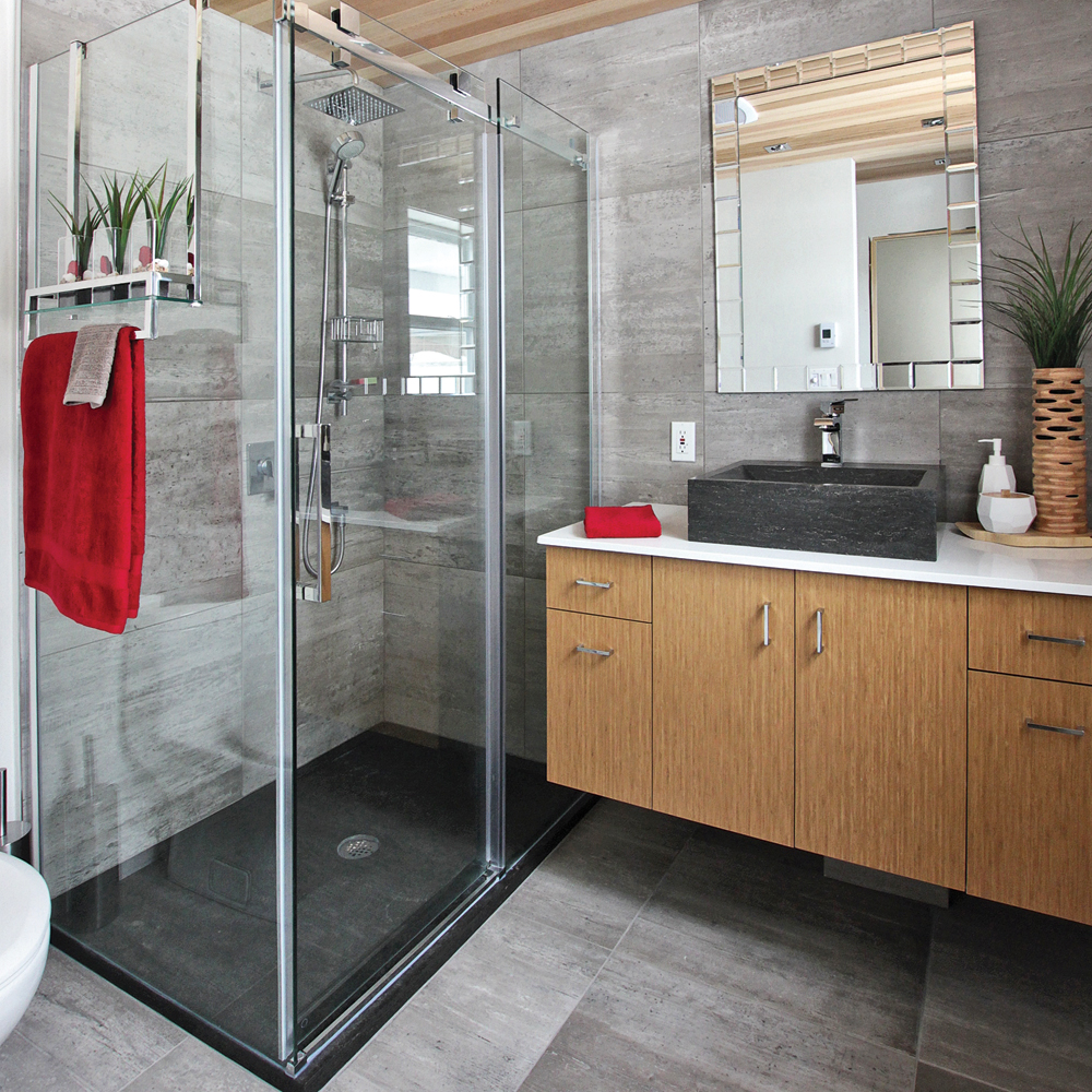 Des mat riaux bruts pour la salle de bain salle de bain for Materiaux plafond salle de bain
