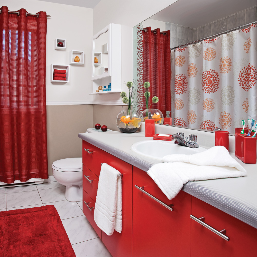 accessoires salle de bain rouge et gris. Black Bedroom Furniture Sets. Home Design Ideas