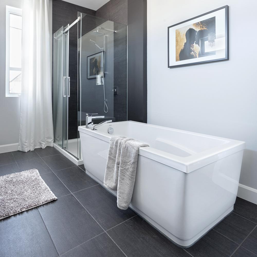 15 id es inspirantes pour relooker sa salle de bain petit prix je d core - Salle de bain prefabriquee ...