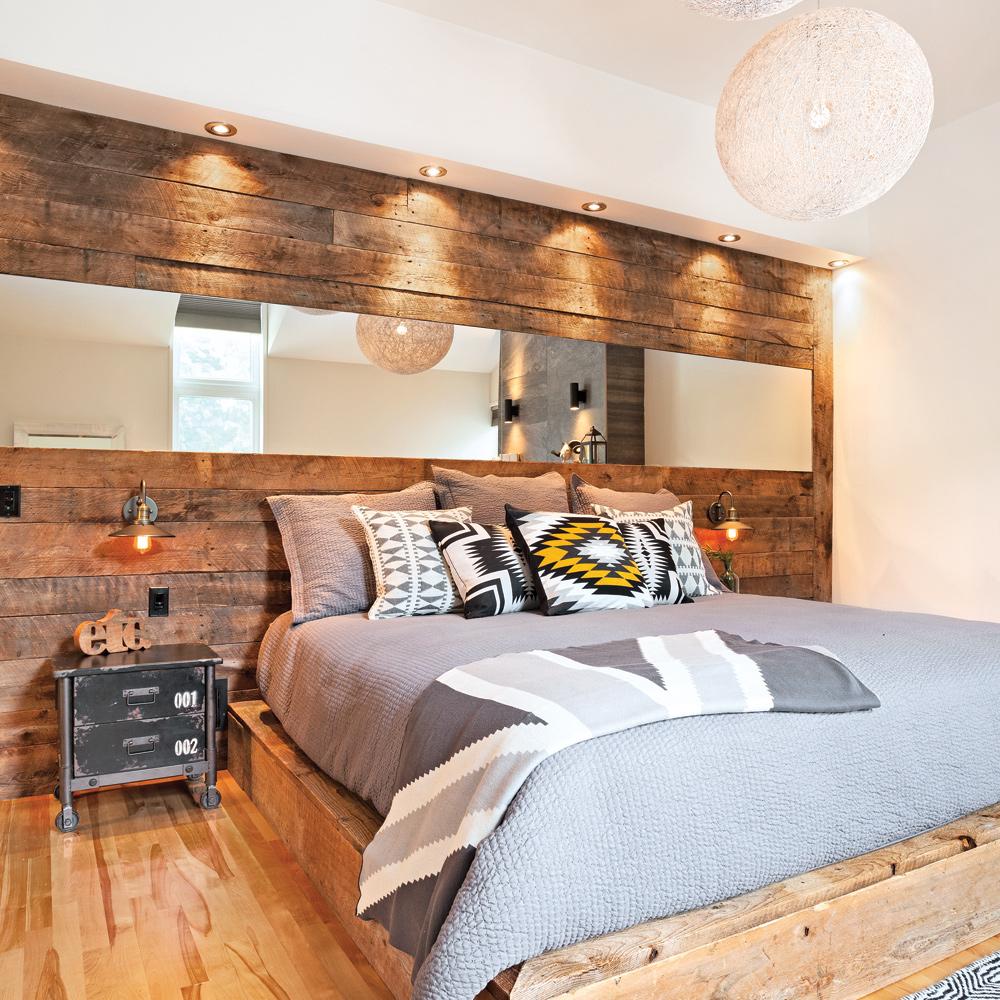 r inventer la t te de lit avec du bois de grange chambre inspirations d coration et. Black Bedroom Furniture Sets. Home Design Ideas