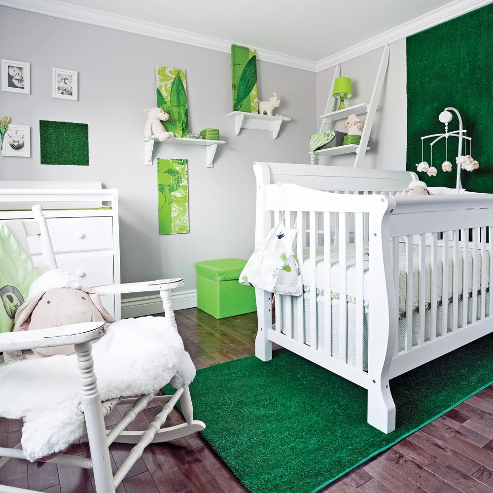 plafond chambre bb excellent lustre with plafond chambre bb cheap des ides de luminaires. Black Bedroom Furniture Sets. Home Design Ideas