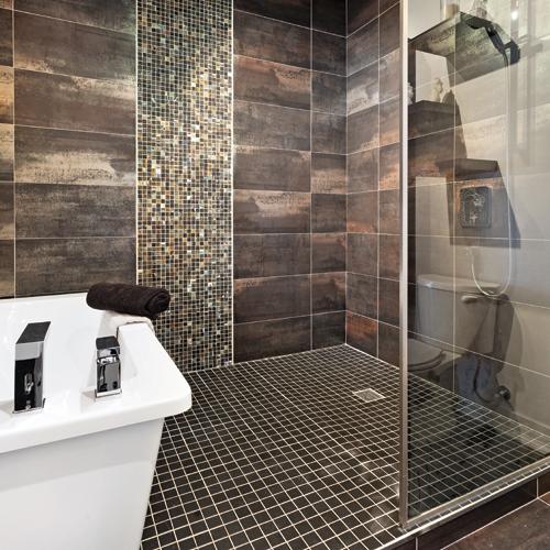 Ambiance m tallique la salle de bain salle de bain for Baignoire metallique