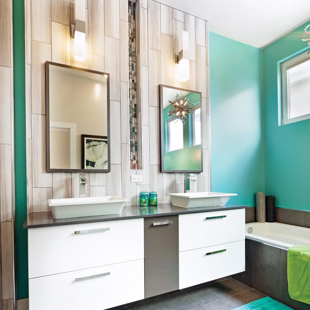 Salle De Bain Renovation Avant Apres ~ chaleureuse combinaison dans la salle de bain salle de bain