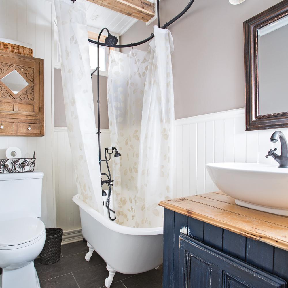 Petite salle de bain fonctionnelle salle de bain inspirations d coration et r novation for Petite salle de bain renovation