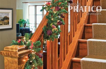 d corer la rampe d 39 escalier pour no l je d core. Black Bedroom Furniture Sets. Home Design Ideas