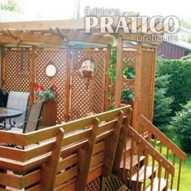 Pr cieuse intimit sur le patio patio inspirations for Modele patio exterieur