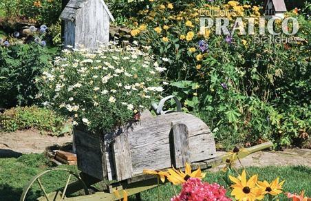 Jardin fleuri au look champêtre - Inspirations - Jardinage et extérieur - Pratico Pratique