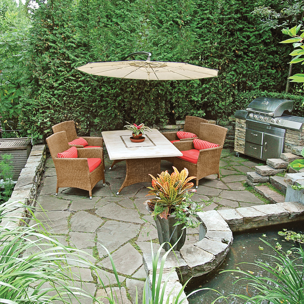 coin repas saveur exotique patio inspirations jardinage et ext rieur pratico pratique. Black Bedroom Furniture Sets. Home Design Ideas