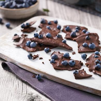 clats chocolat noir et bleuets recettes cuisine et nutrition pratico pratique. Black Bedroom Furniture Sets. Home Design Ideas