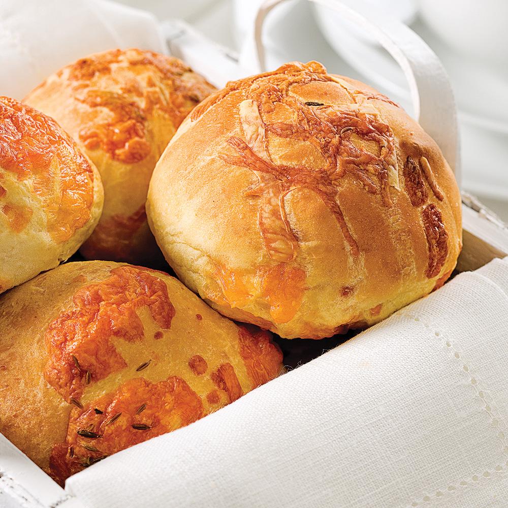 Petits pains chauds au cheddar - Recettes - Cuisine et..