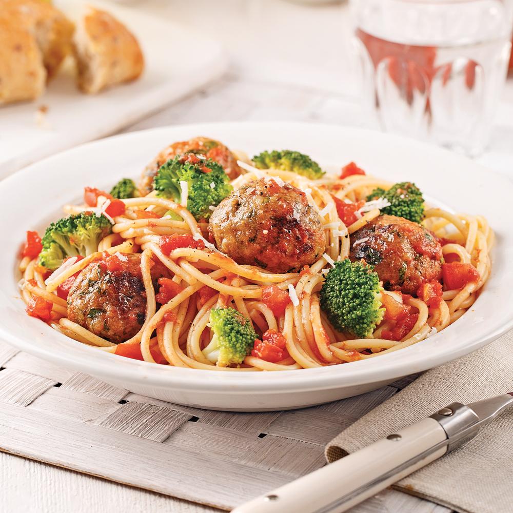 spaghettis aux boulettes de dindon et brocoli recettes cuisine et nutrition pratico pratique. Black Bedroom Furniture Sets. Home Design Ideas