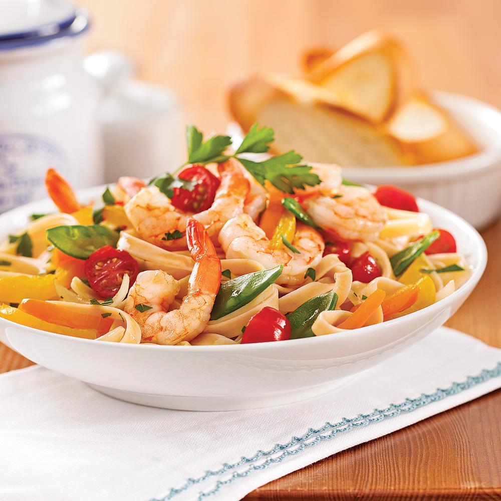 fettucines aux crevettes et légumes - recettes - cuisine et
