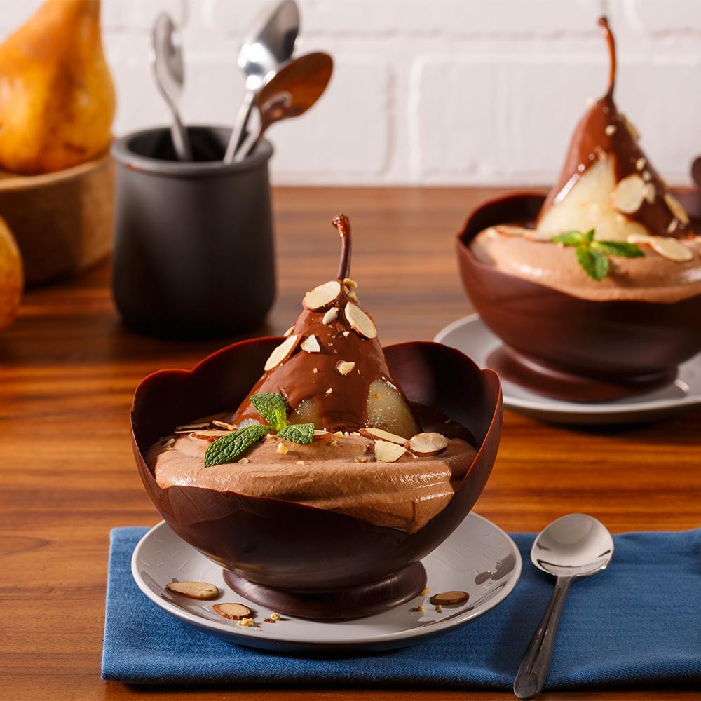 poire belle h l ne en coupe chocolat e recettes cuisine et nutrition pratico pratique. Black Bedroom Furniture Sets. Home Design Ideas