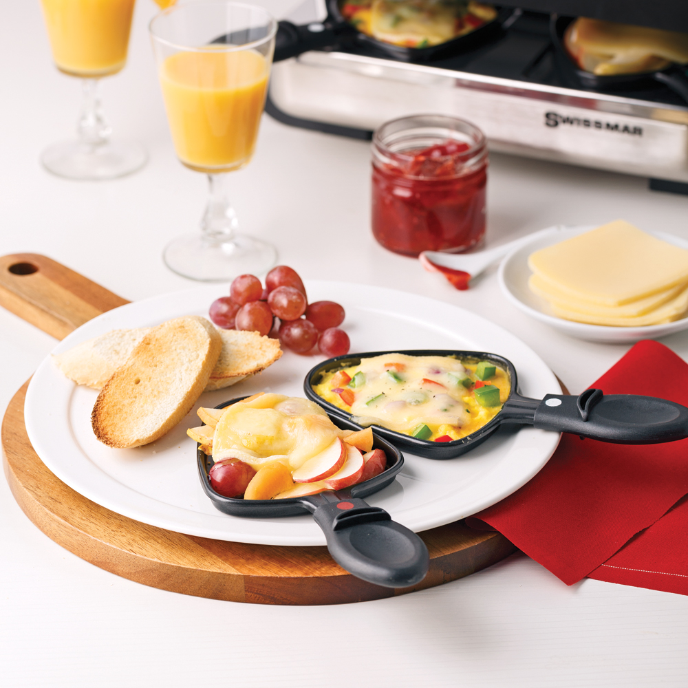 comment recevoir la raclette trucs et conseils cuisine et nutrition pratico pratique. Black Bedroom Furniture Sets. Home Design Ideas