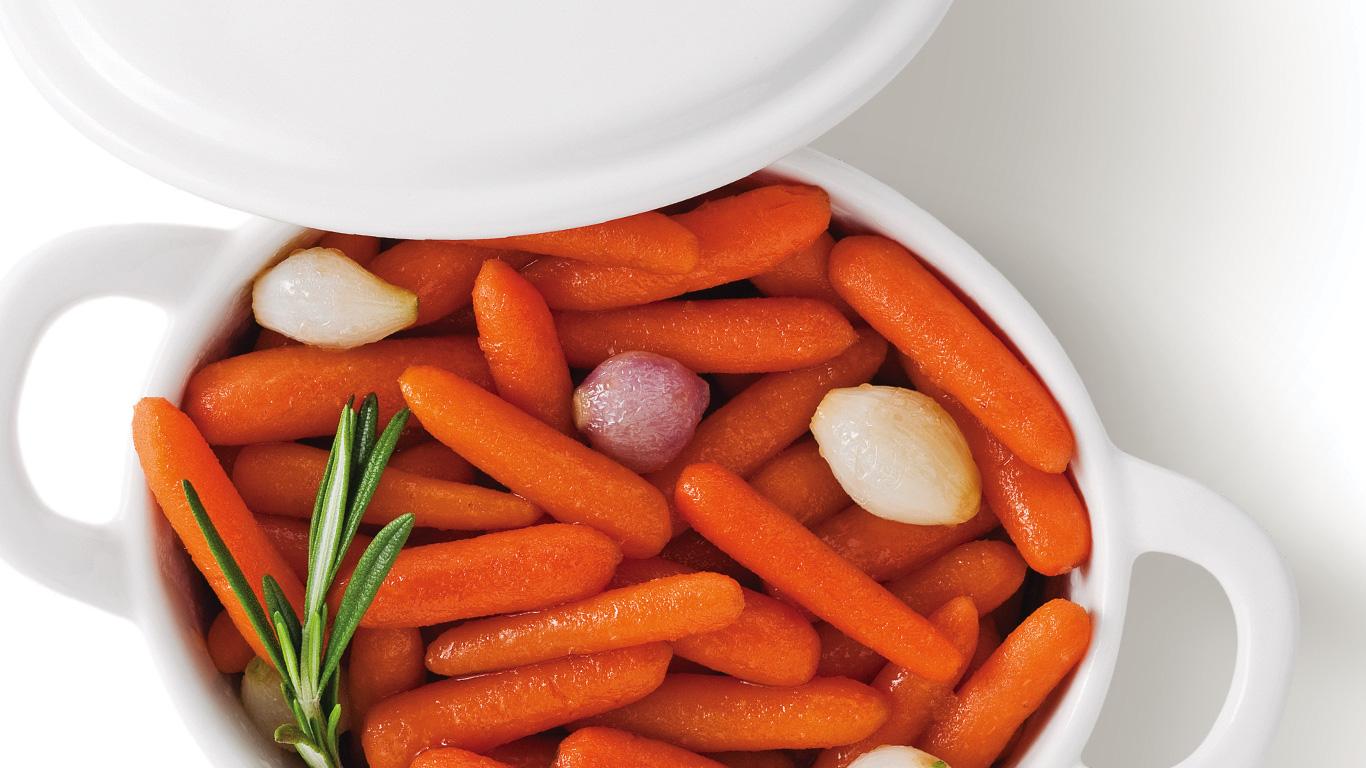 carottes brais es aux petits oignons recettes cuisine. Black Bedroom Furniture Sets. Home Design Ideas