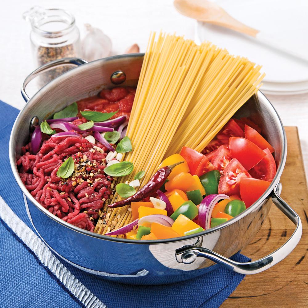 spaghettis au boeuf hach sauce tomate recettes cuisine et nutrition pratico pratique. Black Bedroom Furniture Sets. Home Design Ideas
