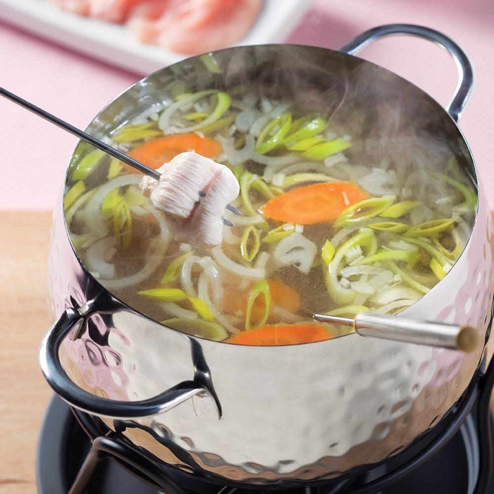 bouillon pour fondue au poireau et vin blanc recettes cuisine et nutrition pratico pratique. Black Bedroom Furniture Sets. Home Design Ideas