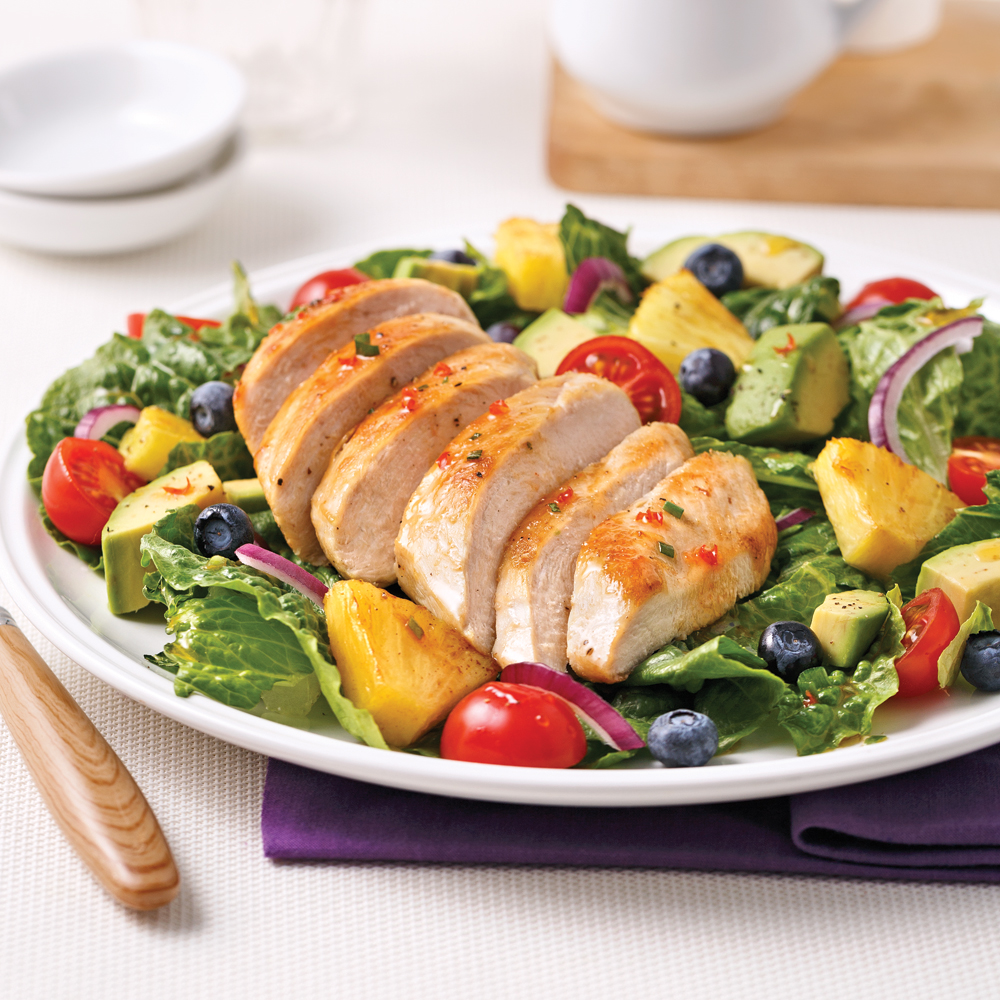 salade repas au poulet ananas bleuets et l gumes recettes cuisine et nutrition pratico. Black Bedroom Furniture Sets. Home Design Ideas
