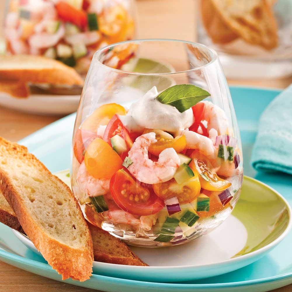 Tartare de tomates et crevettes en verrine recettes for Idee repas avec amis