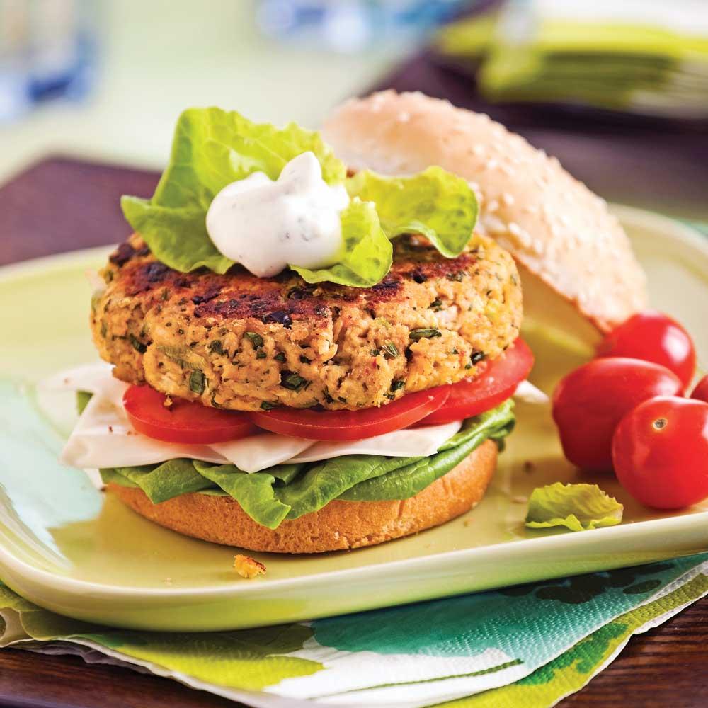 mozza burgers au poulet recettes cuisine et nutrition pratico pratique. Black Bedroom Furniture Sets. Home Design Ideas