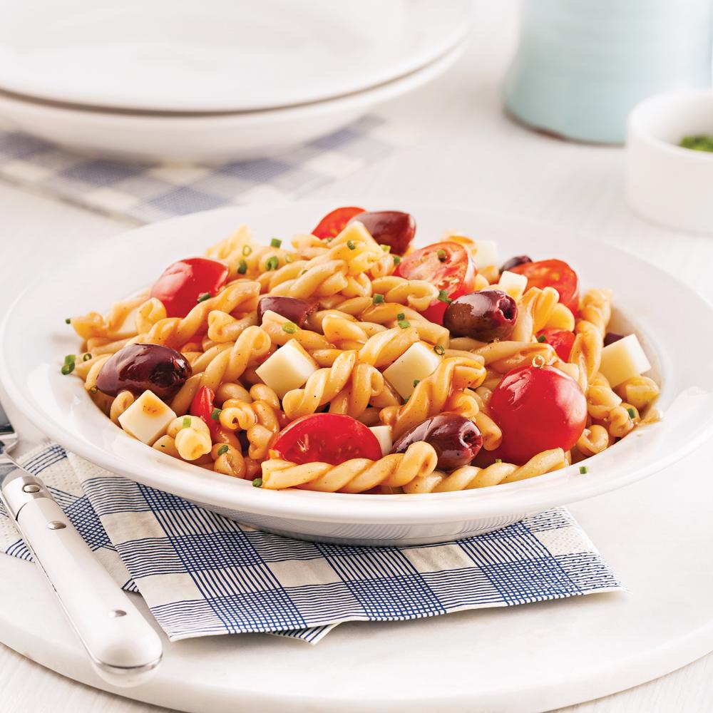salade de p tes barbecue recettes cuisine et nutrition pratico pratique. Black Bedroom Furniture Sets. Home Design Ideas