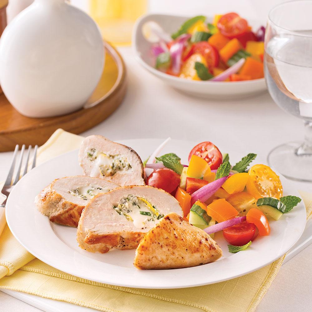 poitrines de poulet farcies au brie et yogourt grec recettes cuisine et nutrition pratico. Black Bedroom Furniture Sets. Home Design Ideas