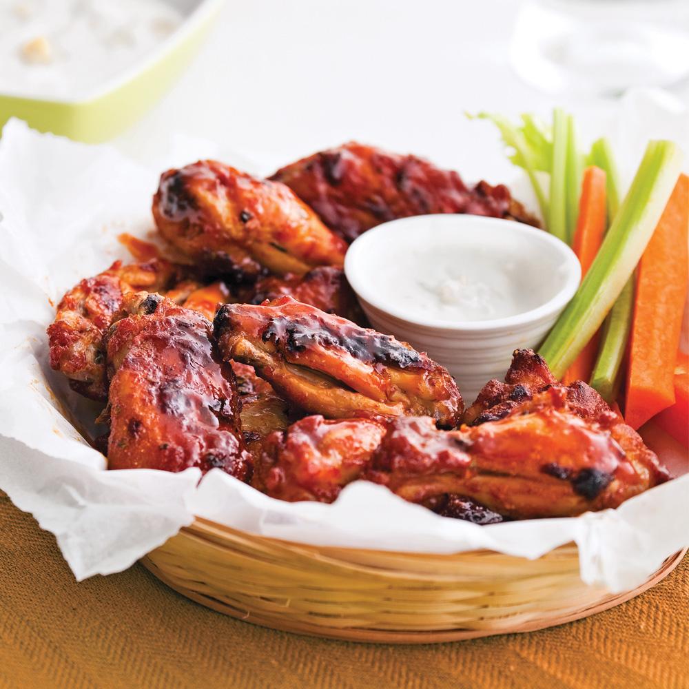 ailes et pilons de poulet sauce barbecue l 39 rable recettes cuisine et nutrition pratico. Black Bedroom Furniture Sets. Home Design Ideas