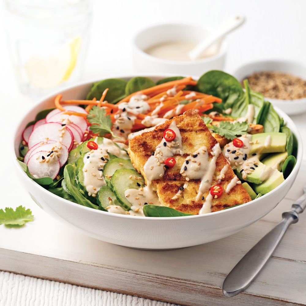 Salade avec tofu ferme - Salade de poivron grille ...