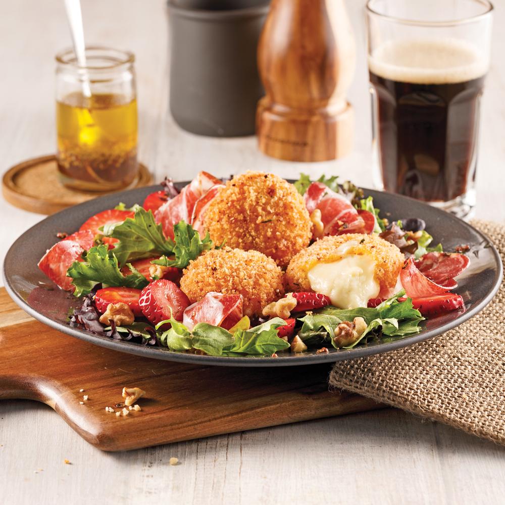 salade avec mini fromages croustillants recettes cuisine et nutrition pratico pratique. Black Bedroom Furniture Sets. Home Design Ideas