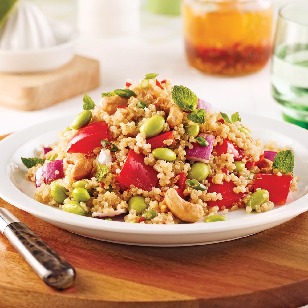 salade de quinoa l gumes et noix de cajou soupers de semaine recettes 5 15 recettes. Black Bedroom Furniture Sets. Home Design Ideas
